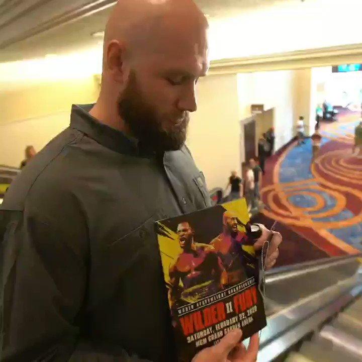 Just 2 bald headed Champs... @Tyson_Fury 🥊🏆🏈 #gypsyking #wilderfury2 #pavethelane