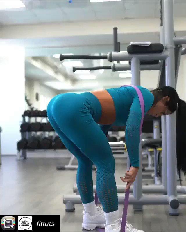 #buttworkout #fitness #workout #legday #girlswholift #gym #personaltrainer #booty #legworkout #butt #fitnessmotivation #fitfam #squats #motivation #gains #fit #fitnessgoals #gymlife #training #workoutvideo #weightloss #deadlift  Credits @fitqueen_army @fittuts @anita_herbert