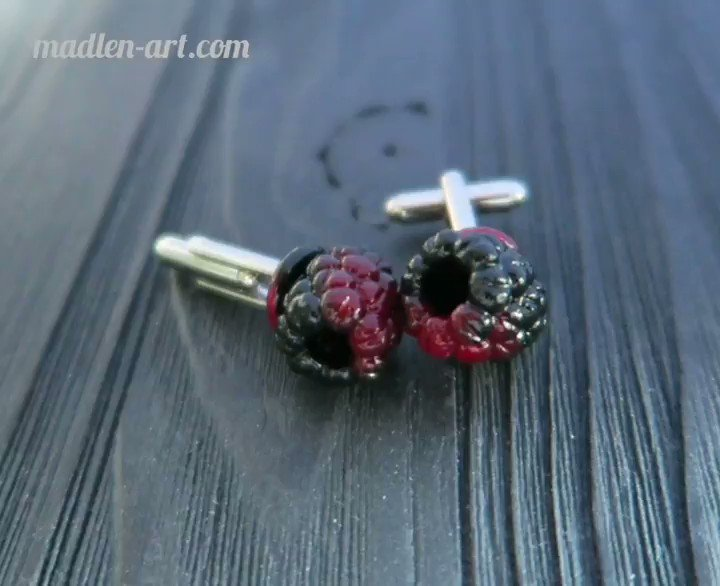 Black raspberry cufflinks,  berry jewelry for Men  #23февраля #madlenart #raspberry #berryjewelry #cufflinks #talisman #handmade #clayartistpic.twitter.com/iJjxrQkzHt