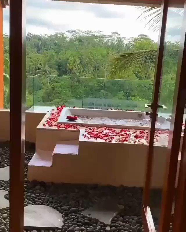 Driver and guide tour Bali Indonesia 🇲🇨🇲🇨🇲🇨Speak english and arabicWhatsApp +6281326346034#سواق_بالي_اندونيسيا#سياحة_بالي_اندونيسيا #سياحة #سفر #رحلات #السعودية  #بالي  #اندونيسيا #سواق_بالي #سواق_سياحة_بالي #دليل_سياحي