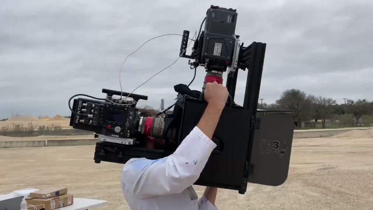 hi i am cameraman 4 youtube