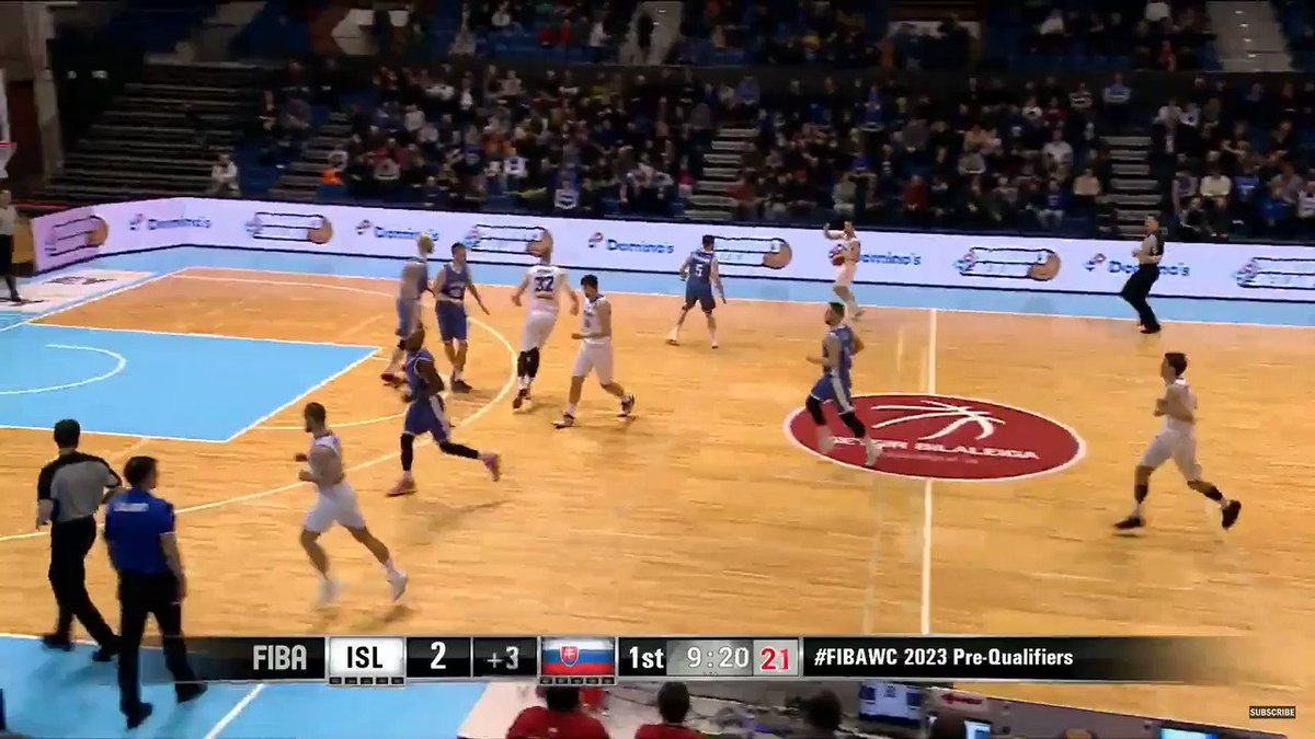 😱 Tryggvi Hlinason (@BasketZaragoza), INTRATABLE con Islandia 2️⃣7️⃣ puntos 1️⃣7️⃣ rebotes 8️⃣ tapones 🎥 vía @FIBAWC