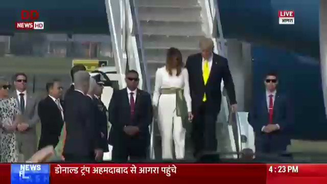 People of Uttar Pradesh wholeheartedly welcome Hon. President Mr. @realDonaldTrump & Mrs. @MELANIATRUMP on the land of Ganga, Jamuna & Saraswati.Your visit to the monument of love @TajMahal will further boost friendship between the people of the two great democracies.