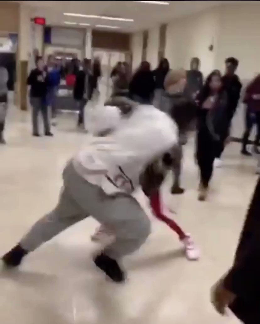 Who won?🤔🤯 #fight #worldstar #girlfights #brawl #fighting #bestfights #boyfights #schoolfights #streetfight #fights #hoodfights #worldstarr #triggertroll #fight #fights #worldstar #fights #schoolfights #highschoolfights #streetfights #knockout #like #comment #retweet #follow