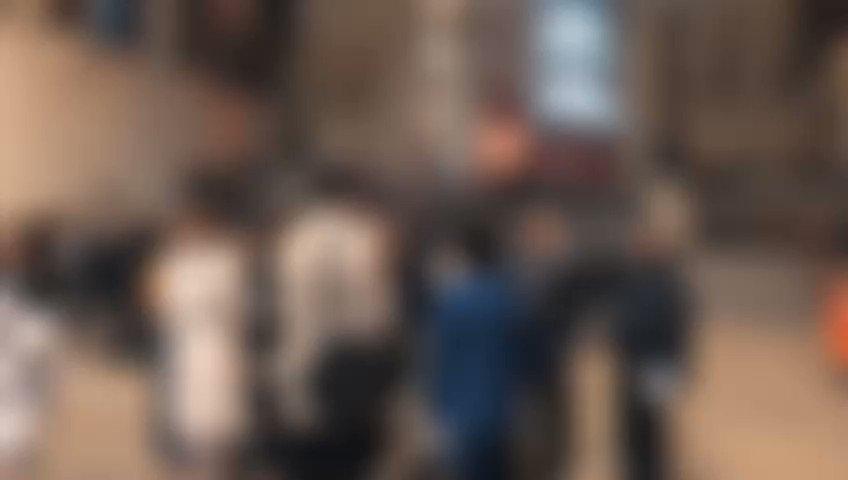 برنامج حافل للمشاركين والمشاركات في اليوم الأول من فعاليات #المنبر_البريطاني_للمؤثرين_العرب أمس. برنامج شمل زيارة للبرلمان البريطاني وجلسة نقاش بوزارة الخارجية البريطانية حول العلاقات بين بريطانيا والعالم العربي وزيارة إلى مكتب رئيس الوزراء، بالإضافة إلى جولة بالمعرض الوطني 🖼