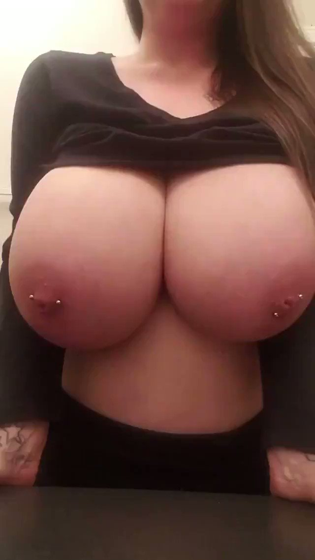 Sign my tits — pic 6