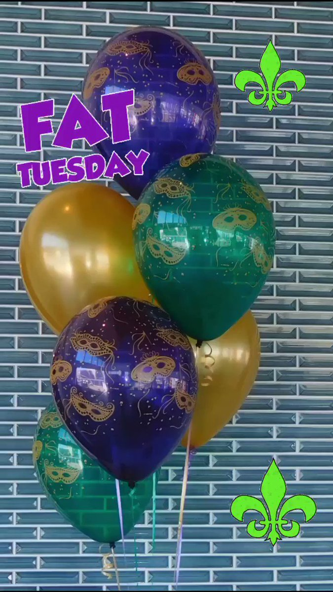 Fat Tuesday! 💜💛💚 #balloonguru #balloongurusandiego #balloondecor #partyplanning #sandiegoballoons  #balloonssandiego #balloonart #balloonartist #balloons #qualatex #party #balloonshop #fun #balloondelivery #balloonarch #sandiego  #sandiegolife #sandiegoparty
