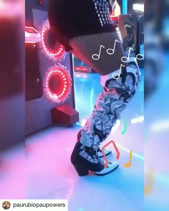 Muy Pronto !! #Soon 📀🚨 Nuevo video de la #ReinaDelPopLatino #queenoflatinpop @PaulinaRubio 👑🎤🎵🎥📺🎬 #NewVideo #NewMusic #musicanueva #PaulinaRubio #like4like #LikeForLike #likexlike #EM #em