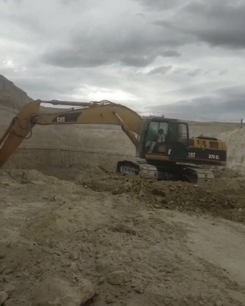 Renta de Maquinaria Pesada. Excavadora 325DL CAT con Bote. Estamos a sus ordenes! 🚜 #rentamaquinariapesada #excavadora #excavadora325DLCAT #325DL #CAT #CATERPILLAR #excavadoraconbote #excavator #325DLexcavator #machinery #constructionmachinery #bucketexcavator #machineryrentals