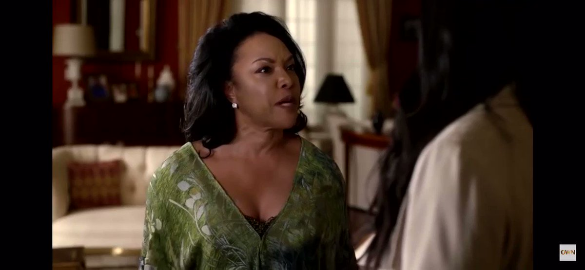 Can we just take a moment to appreciate Lady Mae Greenleaf for always getting in Grace shit 😂