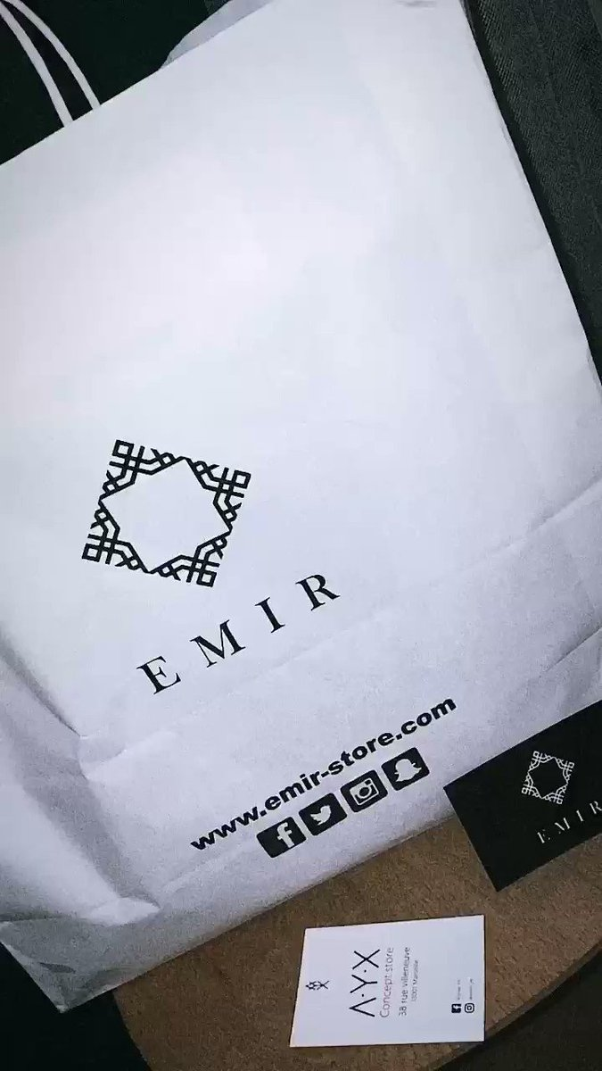 Be happy with EMIR #gifts #menswear #conceptstore #Marseillepic.twitter.com/KAs6sH8qSw