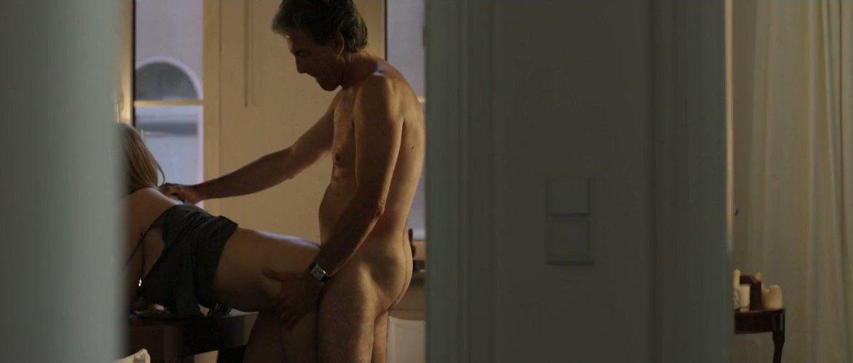Joanna Kulig – Elles (2012)  – Celeb Nudity