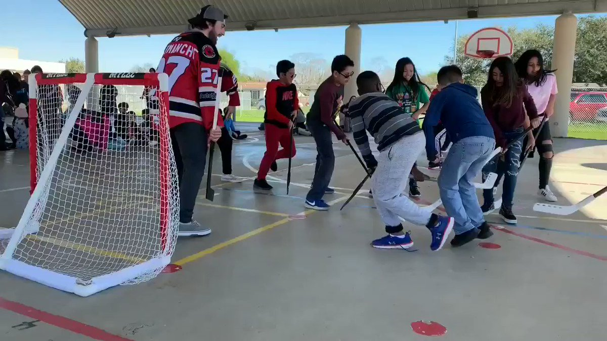 Playing some floor hockey with students at Windsor Park Elementary. @CCISD #BringTheSting