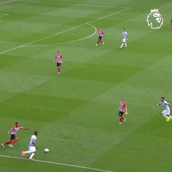 Right foot. Left foot. Charlie Austin with a fine volley 👏 #GoalOfTheDay