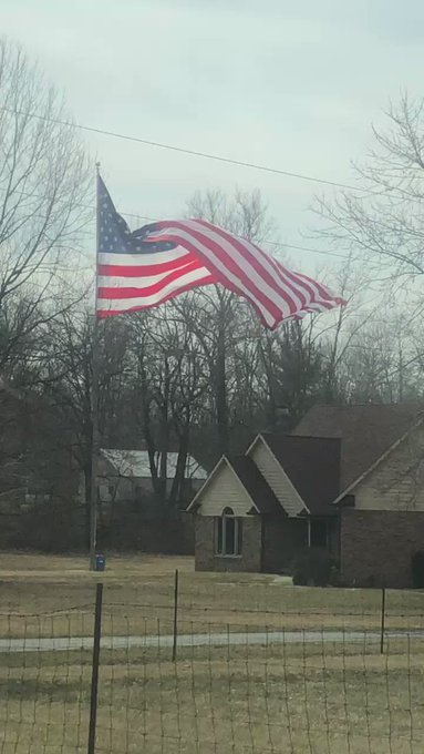 @Indianapolis,IN Flying the 30'x60' #USFlag Nylon flying in a slight breeze off an 80' #AluminumFlagpole #Made in America https://t.co/rv6PsdM8Xr