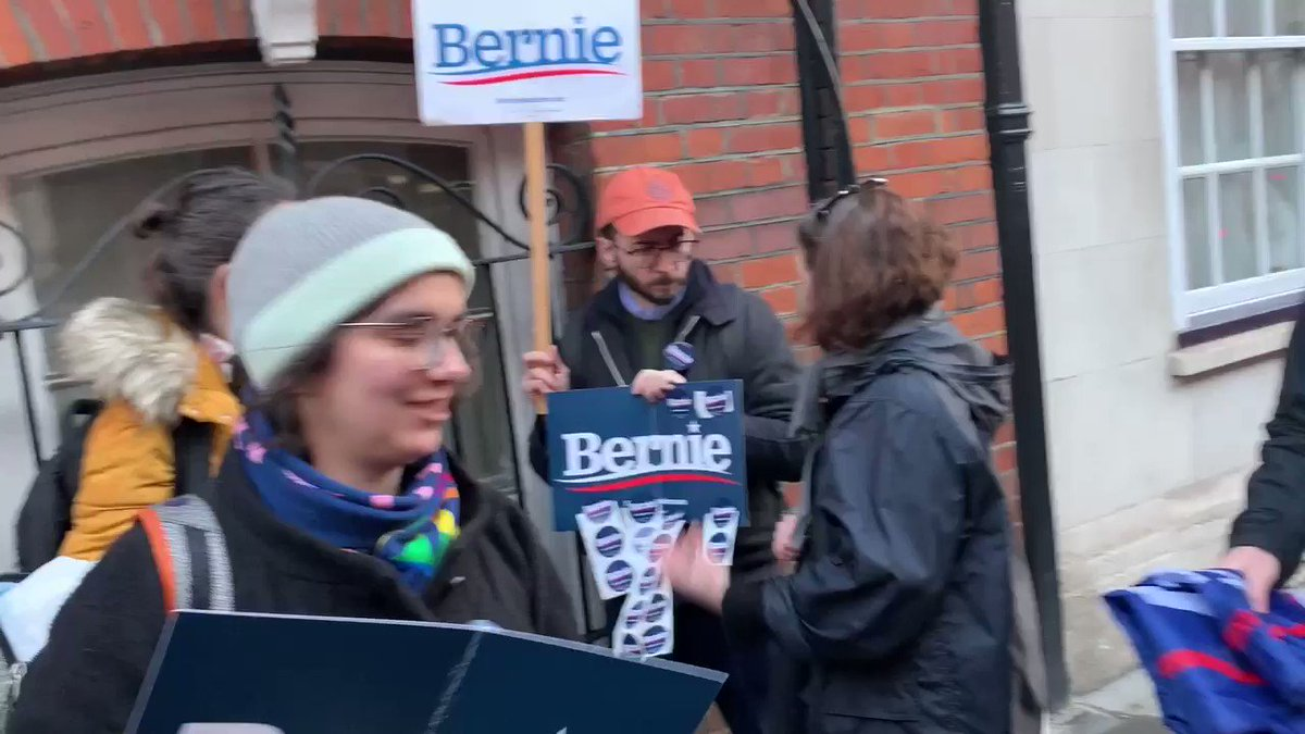 """Democrats abroad """"Bernie is gonna win!!!"""" Live from London #VoteForBernie 🇺🇸"""