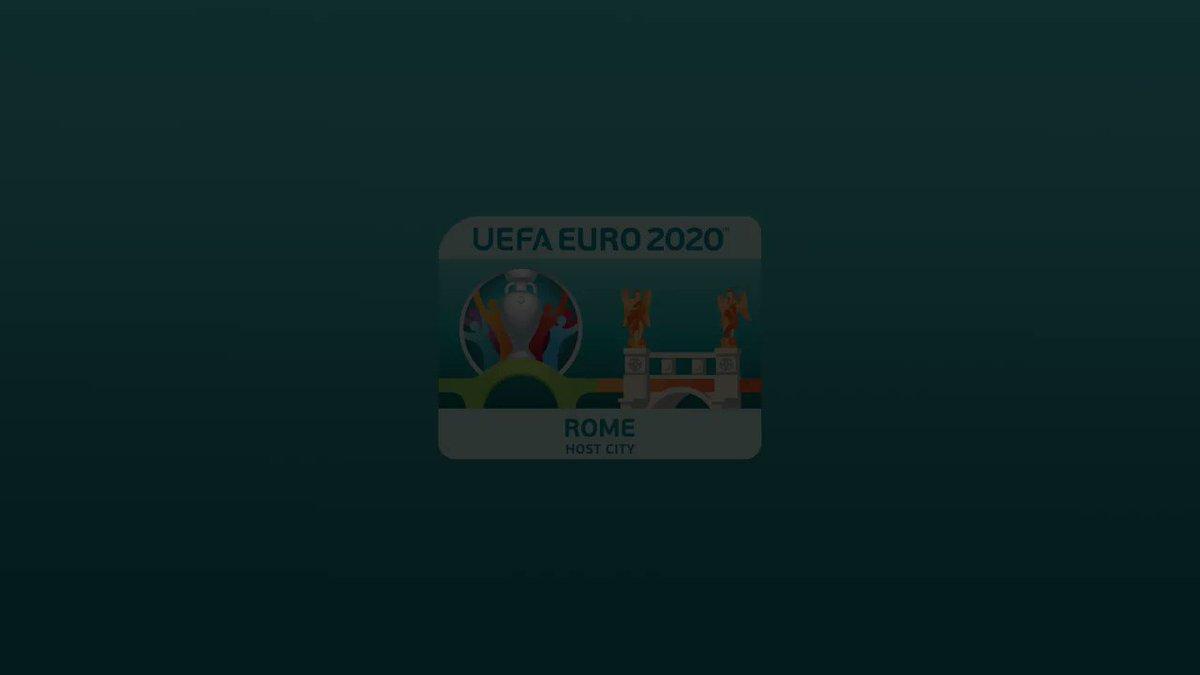 Grande festa per i -100 giorni a @EURO2020 in piazza del Campidoglio con installazioni per i 60 anni degli Europei e interventi di @danielefrongia, #LucaMarchegiani e #GianniRivera. Rivivila💙 -99 @Vivo_Azzurro @roma #EURO2020 #RomaEuro2020 #RomaUniqueJersey #RomaMobilityMakers