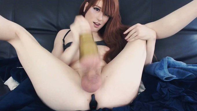 Somebody bounce on my dick like this... https://t.co/rzdihPrITh