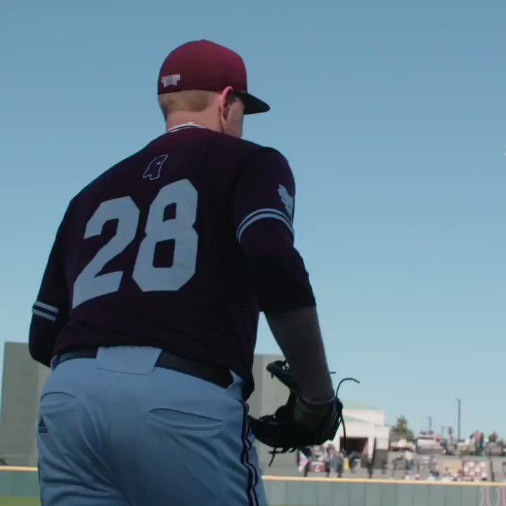 Maroon is a good look for you, CMac. 💪 @christian44mac