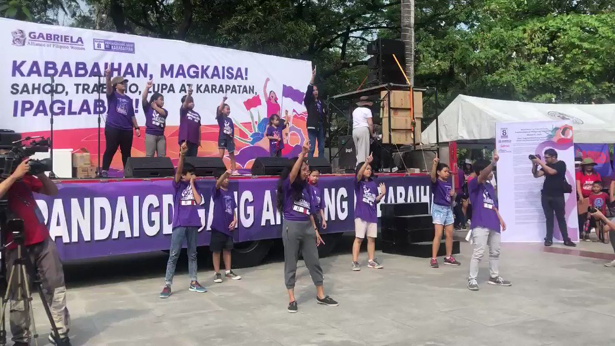 """HAPPENING NOW: Gabriela PH leads progressive groups of all sectors to dance to """"Bangon Babae"""", which seeks to empower women despite their daily adversities from the patriarchy.   #DefendFilipinoWomen #DefendGabriela  #WomensGlobalStrike  #IWD2020pic.twitter.com/KAXsTJyVGf"""