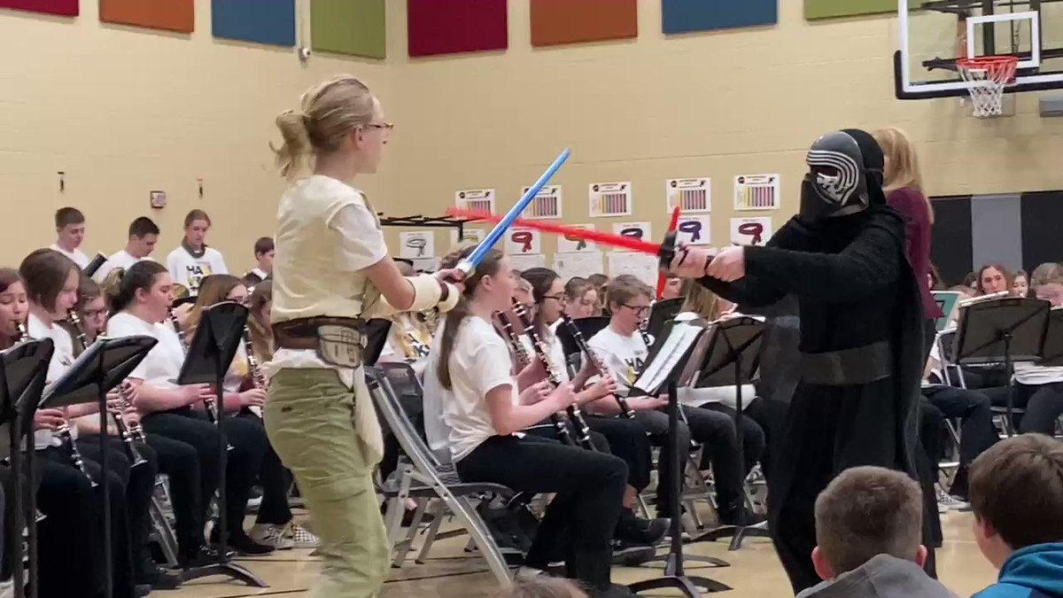7h Grade Music Tour-Light Sabre Duel!