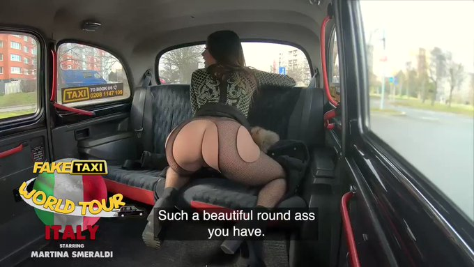 Are you ready to see me twerk-fuck in the @FakeTaxi? This weekend on https://t.co/A0gyId6lRh 💣🚕 https://t