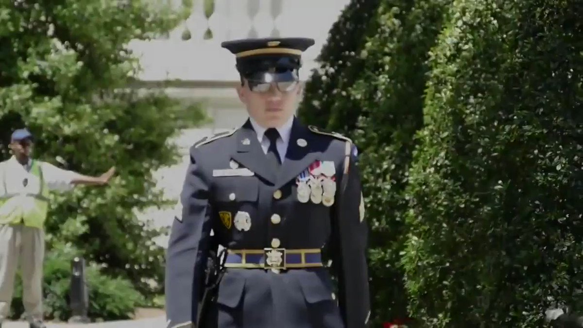 #DYK: Sgt. Ruth Hanks was only the fourth female Sentinel to guard The Tomb of the Unknown Soldier at @ArlingtonNatl?   Learn more about her time with the @USArmyOldGuard.   Video by Staff Sgt. Jedhel Somera  #WomenInTheArmy  #WomensHistoryMonth #ServeWithHonor