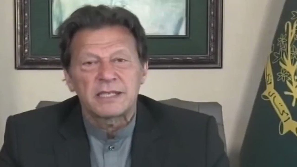 If you catch #coronavirsu, you will recover soon because it is like a flu, said PM of Pakistan Imran Khan. — And world doesn't have vaccine coz it is just like flu. So, Imran Khan, return money to @WorldBank & AB; u collected in the name of Coronavirus    https://t.co/hhJHpaLDVR