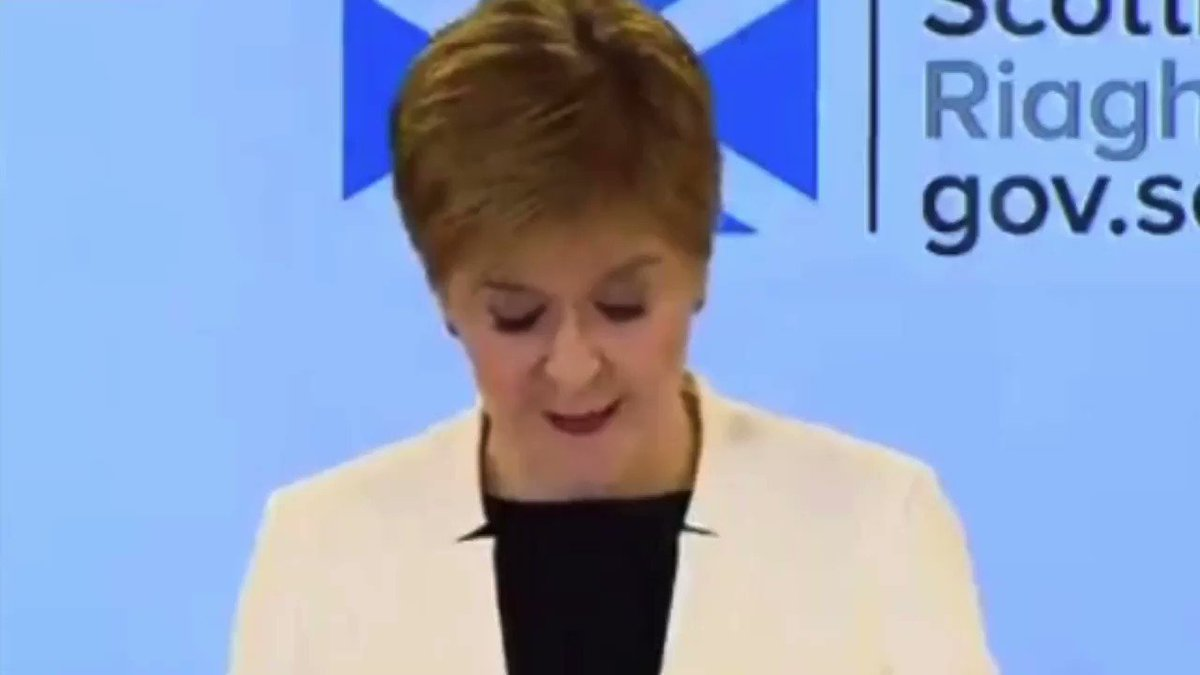 """""""I don't want to see any of you out there, I run my toe up the crack of yer ass"""" #janeygodleyvoiceover #nicolasturgeon #COVIDー19 https://t.co/ujvbxy1DS8"""
