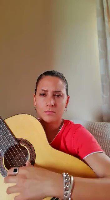 Image for the Tweet beginning: 🌹Marisol Bizcocho nos envía sus