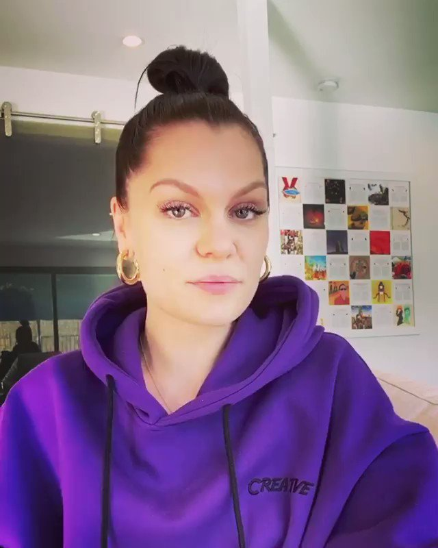 #letsgetlivestayingside TODAY!! Jessie J LIVE AT HOME 🎢🌈🚀🎉🔥🌞 FRI MAR 27    - INSTAGRAM LIVE   12pm PST / 3pm EST 🇺🇸  4pm - 🇧🇷  7pm - 🇬🇧   8pm - 🇫🇷 🇪🇸 🇮🇹  3am - 🇨🇳(28th March)  Supporting: WHO -  UNICEF -