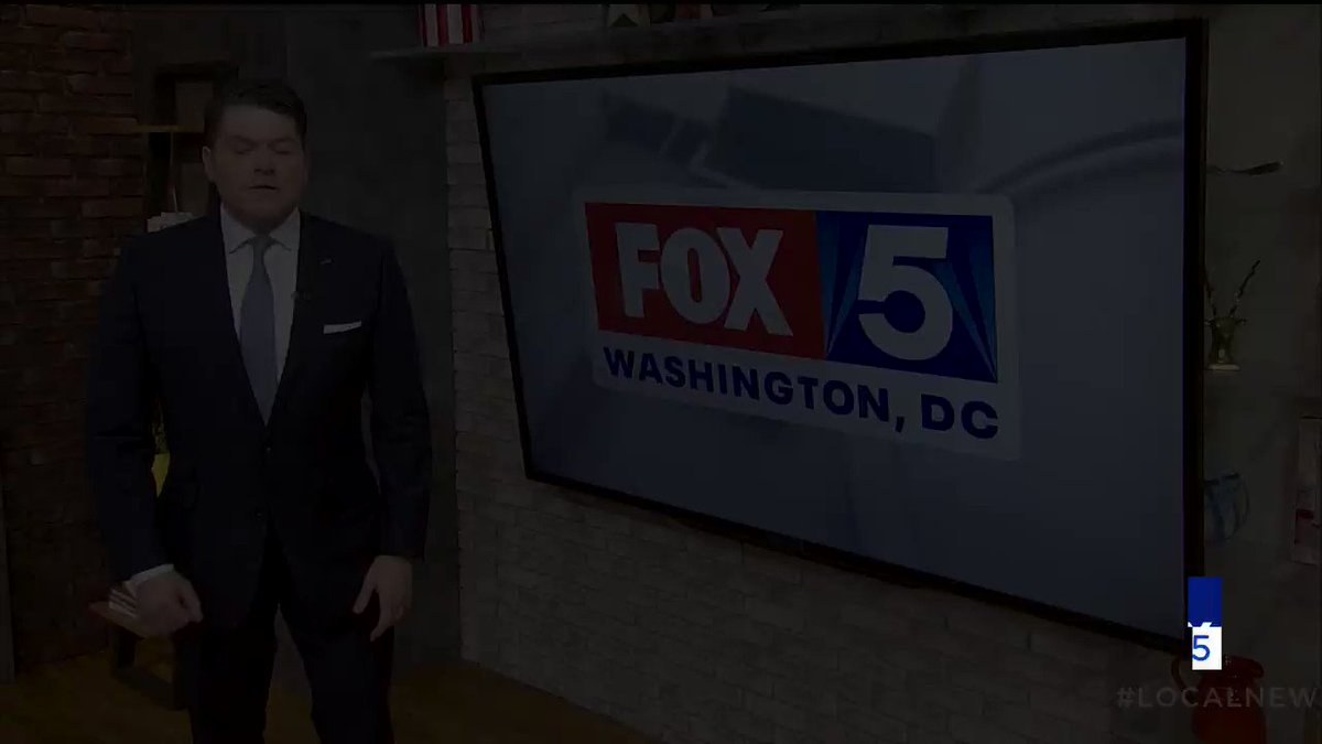 This makes me very proud to be a journalist. The four big stations in DC are typically fighting for ratings. But not during a crisis... They came together to make this commercial. #LoveThisCity. . . . @wusa9 @nbcwashington @fox5dc @ABC7News #tvnews #coronavirus #pandemicpic.twitter.com/vAZ0cxVrrZ