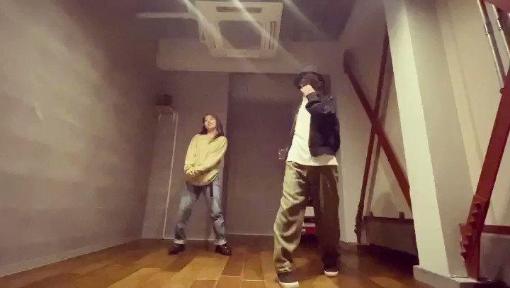 I Like U - NIKI  choreo by me  with MiYuu  #ダンス #dance #ILikeU #NIKI #女の子の気持ちになって作った #成人男性の振りがこちらです #とりあえず横の壁が近い #壁とお友達になりたいpic.twitter.com/yBQDTSYr7J