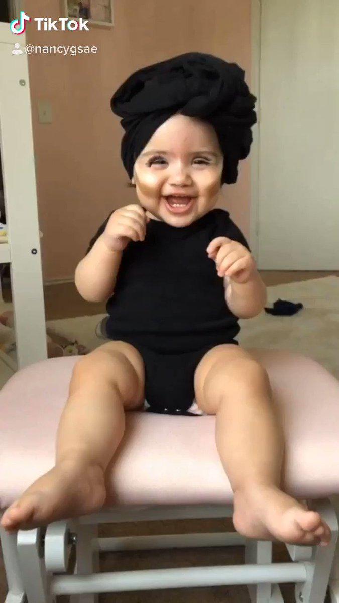 @ADAMRAYOKAY my little rosita🌹❤️