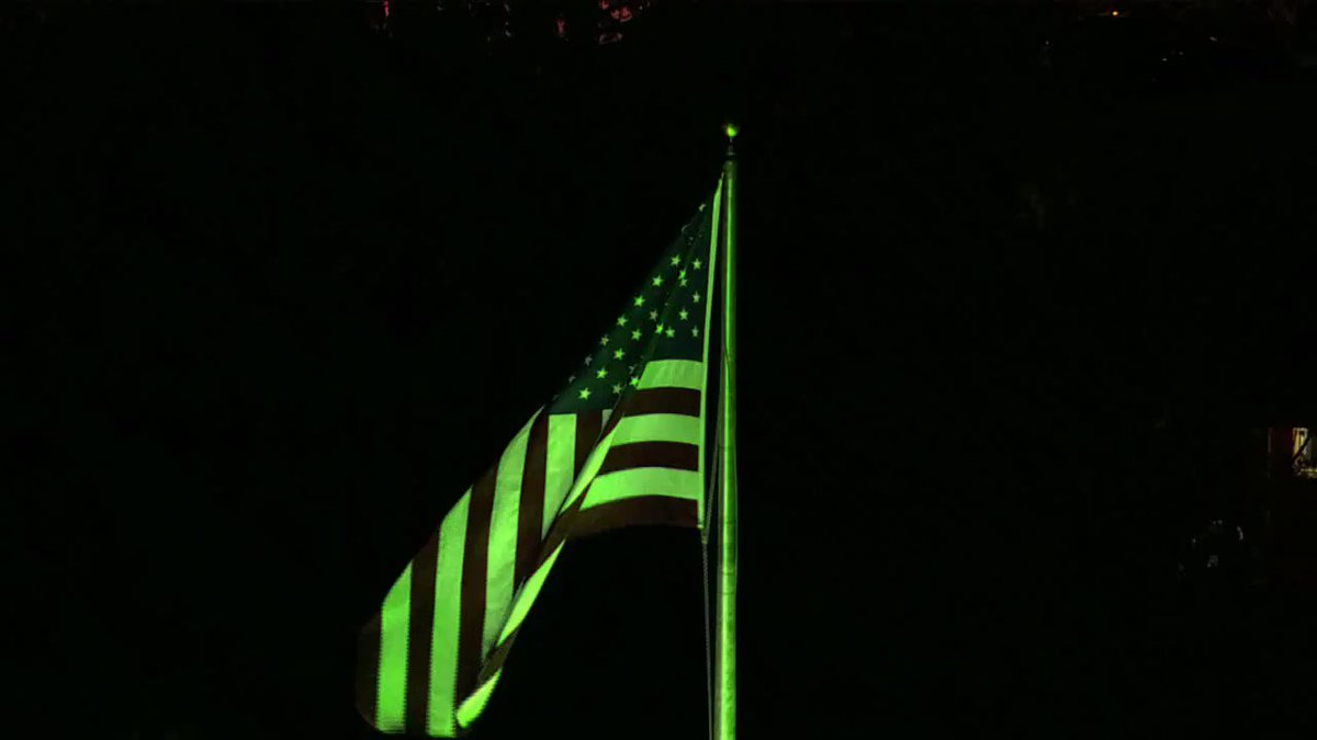 TEAM KENTUCKY:  Our flag at WLKY is flying in the breeze and lit up green to show our support. #TogetherKy