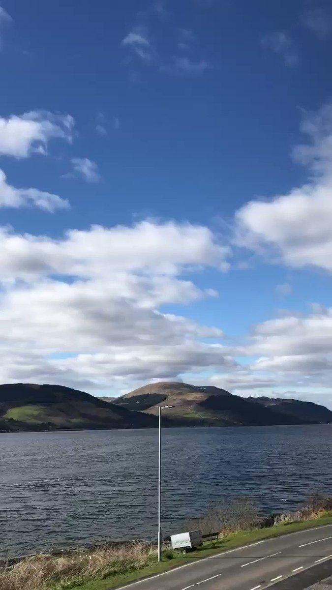 Today's sunny, but chilly video of the Loch, enjoy everyone   #Cove #LochLong #Argyll #Scotland #Sunny #Chilly #Destress #calmness  #StayAtHomeAndStaySafe #SundayFunday #SundayMotivationpic.twitter.com/hKfDNZvcqa