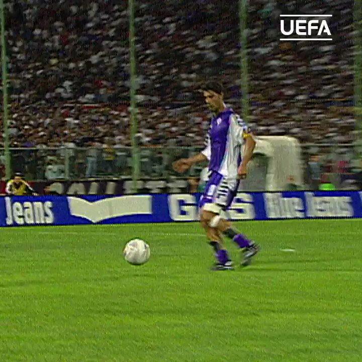 💜 Rui Costa back in the day😎 #UCL | #HBD | @ACFFiorentinaEN twitter.com/ChampionsLeagu…
