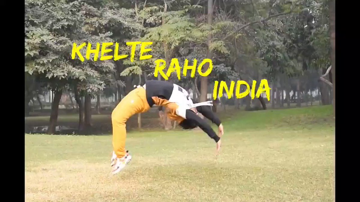 Sports or Dance? In this exclusive work, Hemant Rathor choreographed a performance to highlight the importance of games. Full video coming soon on Craqit.  #Dance #Choreography #ImportanceOfGames #Craqit #CraqitIndia #CelebratingCreativitypic.twitter.com/K0b39lrl6G