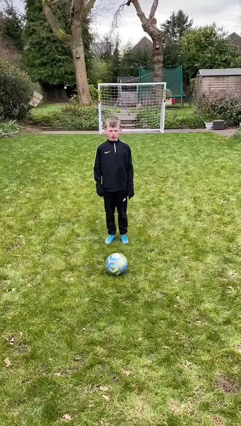 Our Head Coach has been setting our kids training drills whilst we are off! Great to see the kids getting stuck in! Here is Dylan Crowley from our Under 7's smashing it! Well done Dylan! #practice #training #HUFC #hardwork