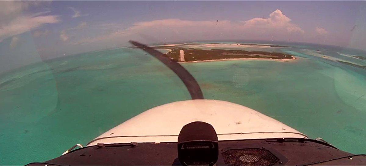 Whaou... Norman's Cay, Bahamas in 2011 #avgeek #avgeeks #cessna #cessna172