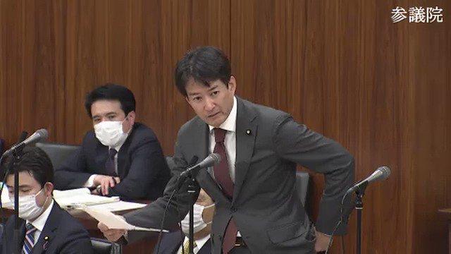 柳ヶ瀬裕文「受信料徴収への苦情は枚挙にいとまがない」NHK「毎月3千の苦情数が2400件に減った」柳「減ればいいの?徴収員に恐怖した人もいる。徴収率の為なら仕方ないと思ってはダメ。辞任するくらいの決意を」N会長「直ぐに辞任と言われても困るが頑張る」NHKは苦情を何とも思ってないと感じる
