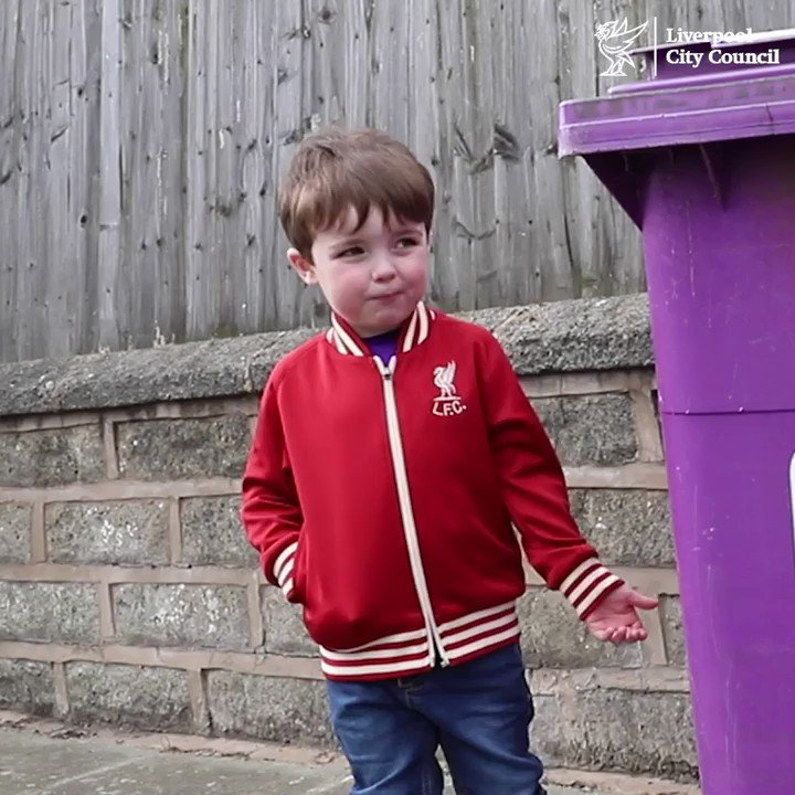 #VIDEO | It's certainly cheered us up Fox, so thank YOU!  Four-year-old Fox, expresses his gratitude for the wonderful job the #Liverpool Streetscene Services are doing keeping the city clean & tidy.  @MikeBrownLSSL #TweetOfTheDay #COVID19 #COVIDpic.twitter.com/hDoFr7Oc2x