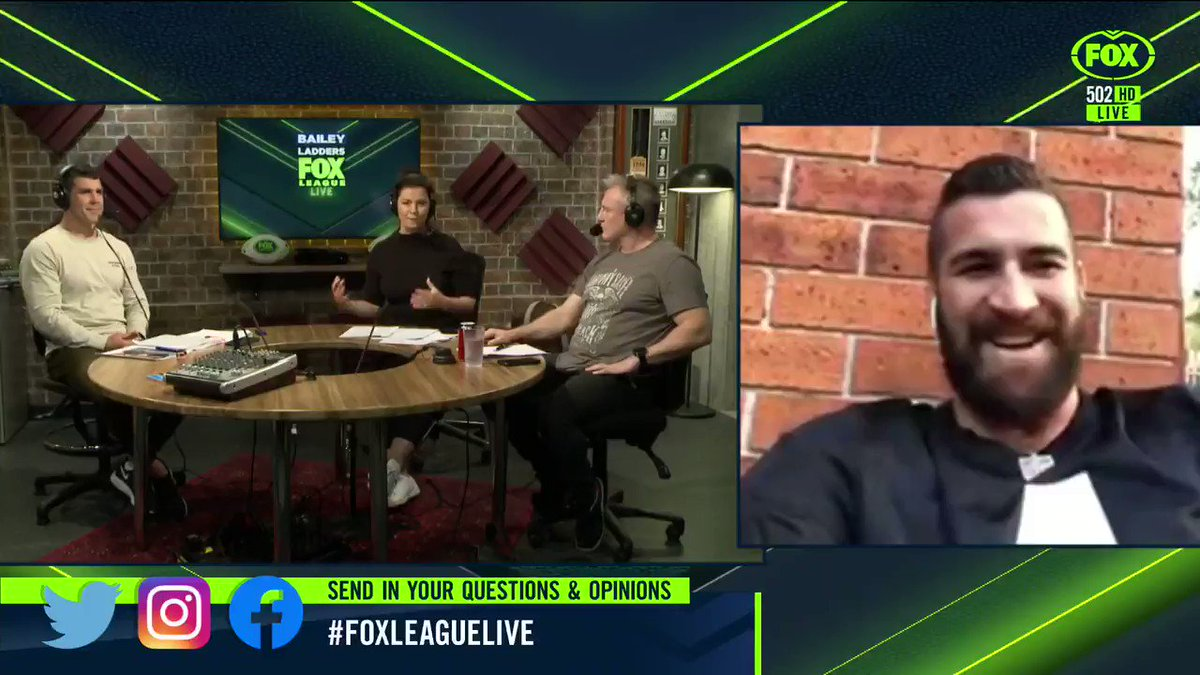 """I just told him to relax a little.""Joel Thompson thinks talks between the NRL and players are positive despite Joey Leilua's comments. 📺Stream #FoxLeagueLIVE on Foxtel Now: https://t.co/NqYmNhLw6b"
