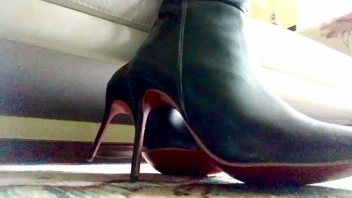 Image for the Tweet beginning: fetishism at home!! #Femdom #Boots