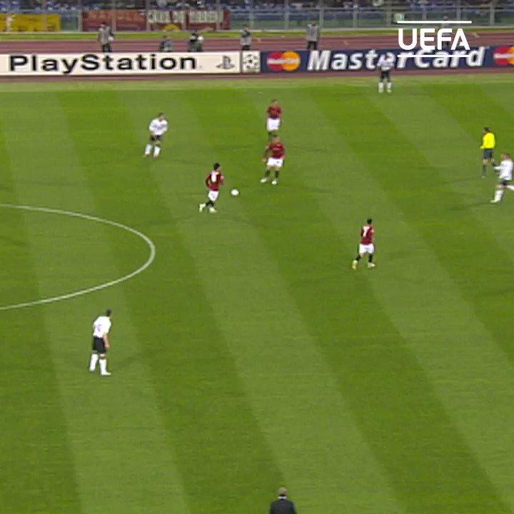 📅 #TalDíaComoHoy en 2008... 🔴 @Cristiano Ronaldo ⚽️ #UCL   #OnThisDay   #OTD   @ManUtd_Es