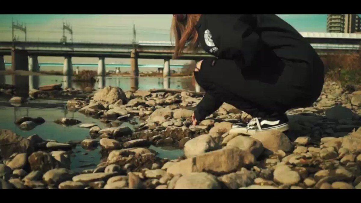 新曲 / NEW SONG #シャボン玉は何処へ by #whitenoise ↓↓↓Go to Youtube↓↓↓ http://youtu.be/2BzFFFsJbvI  #ホワノイ #シャボン玉 #シャボン玉は何処へ #MV #musicvideo #tokyo #shibuya #bubbles #jrockpic.twitter.com/f41iZyCvom