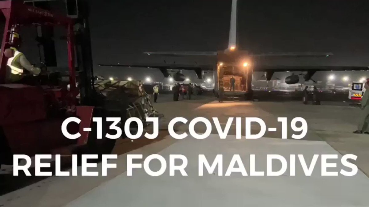 IAF Super Herc delivers 6.2 tonnes of essential #Covid19 medicines and hospital consumables to Maldives as part of Operation Sanjeevani.  pic.twitter.com/XFXue2A12H