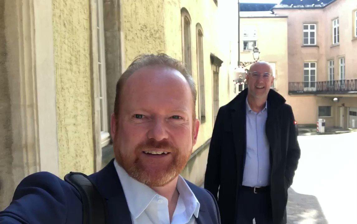 Den Deputéierte @claude_lamberty erkläert, firwat haut an der @ChambreLux iwwer grouss Infrastrukturprojetendiskutéiert gëtt: