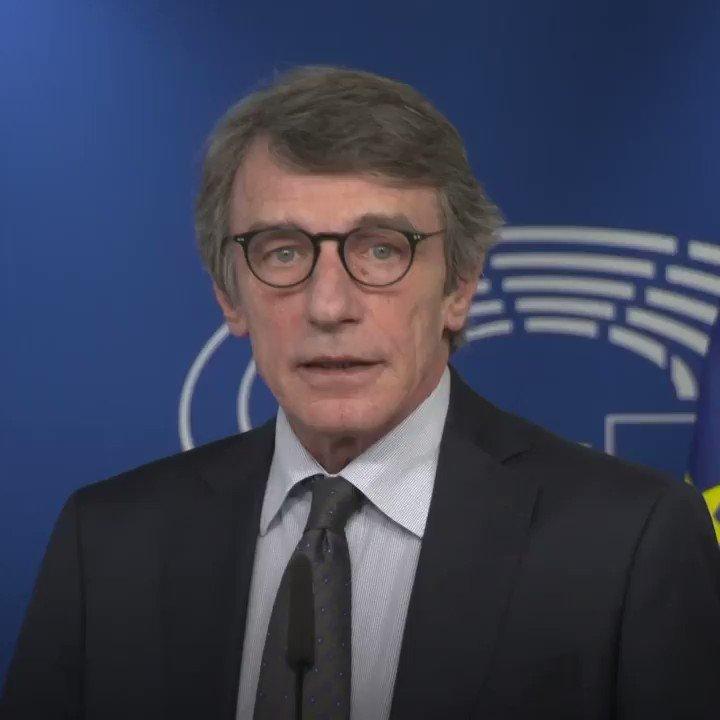 «Η δύναμή μας είναι η αλληλεγγύη μας. Ως ΕΚ, θέλοντας να δώσουμε το ελάχιστο παράδειγμα: έχουμε παραχωρήσει στις αρχές των Βρυξελλών ένα από τα κτήρια μας για να χρησιμοποιηθεί για την περίθαλψη των ασθενών, καθώς και 100 οχήματα.» @EP_President