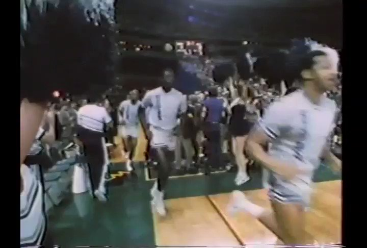 Perhaps the best #TBT there is 🏆 🏀 On this day in 1984, the Hoyas defeated Houston 84-75 to win the NCAA Championship #HOYASAXA